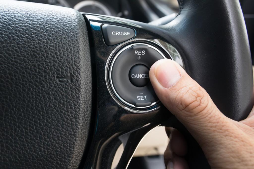 tecnologías coches velocidad crucero freno