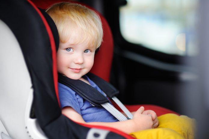 ¿Sabes colocar la sillita de tu hijo en el coche?